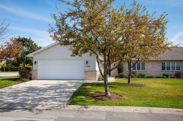 1504 River Pines Drive, Green Bay, WI 54311 (#50248534) :: Symes Realty, LLC