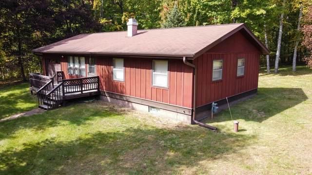 15284 Loretta Lane, Mountain, WI 54149 (#50248787) :: Todd Wiese Homeselling System, Inc.
