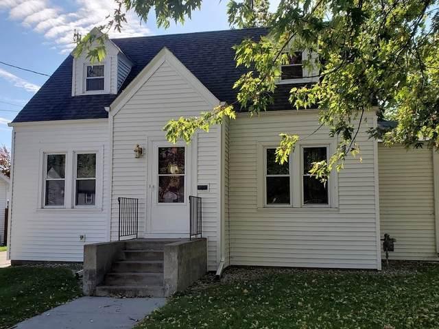109 10TH Street, Clintonville, WI 54929 (#50249731) :: Carolyn Stark Real Estate Team
