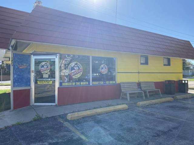 1429 S Main Street, Oshkosh, WI 54902 (#50249767) :: Todd Wiese Homeselling System, Inc.