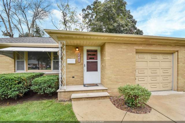 247 S Henry Street, Green Bay, WI 54302 (#50249837) :: Todd Wiese Homeselling System, Inc.