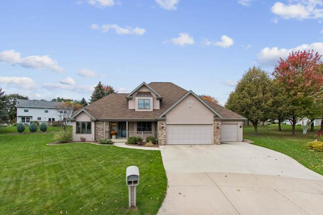1215 Hazelwood Court, Neenah, WI 54956 (#50250084) :: Todd Wiese Homeselling System, Inc.