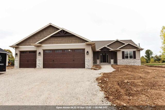 1090 Dogwood Trail, Neenah, WI 54956 (#50171417) :: Dallaire Realty