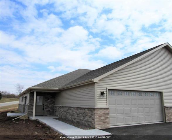2133 Royal Crest Circle #21, Green Bay, WI 54311 (#50194833) :: Dallaire Realty