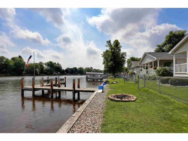 124 Wolf River Drive, Fremont, WI 54940 (#50148810) :: Dallaire Realty