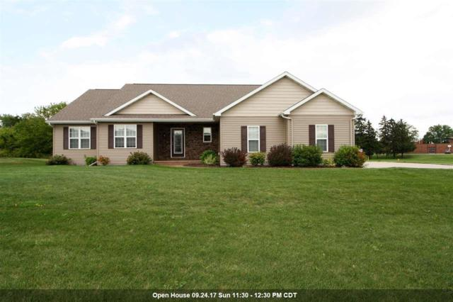 W6942 Angel Hill Drive, Greenville, WI 54942 (#50170665) :: Dallaire Realty