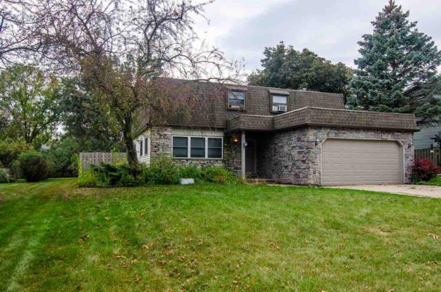 514 Sunrise Lane, Green Bay, WI 54301 (#50172346) :: Todd Wiese Homeselling System, Inc.