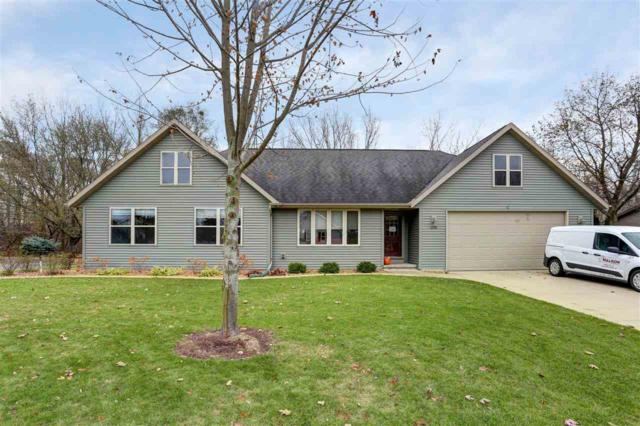 2230 Cumberland Drive, Green Bay, WI 54311 (#50174729) :: Dallaire Realty