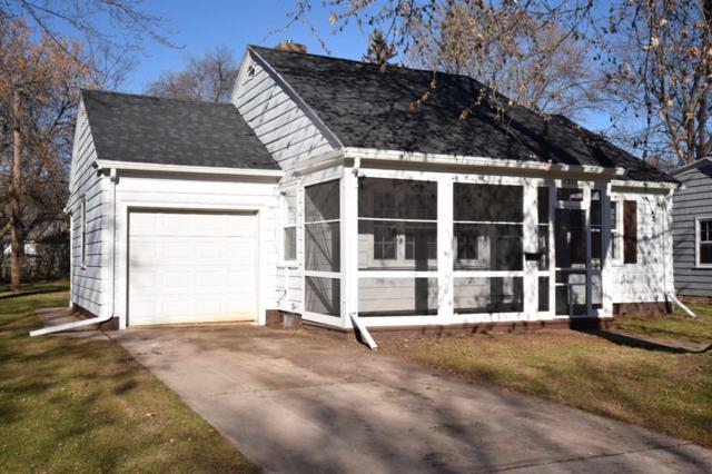 1314 Bismarck Street, Green Bay, WI 54301 (#50175243) :: Todd Wiese Homeselling System, Inc.
