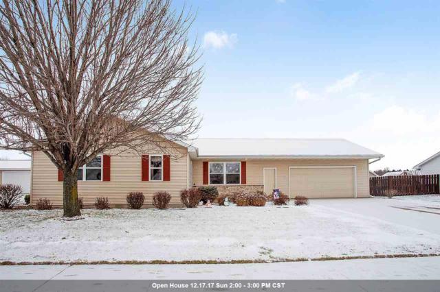 1317 W Henry Street, Kaukauna, WI 54130 (#50175496) :: Todd Wiese Homeselling System, Inc.