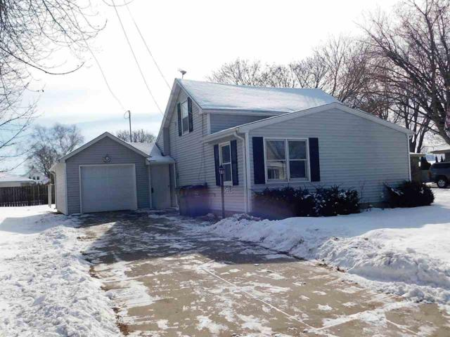 725 Main Street, Wrightstown, WI 54180 (#50177647) :: Dallaire Realty