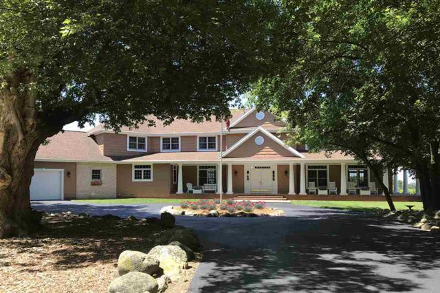 N6279 Lakeshore Drive, Hilbert, WI 54129 (#50177812) :: Todd Wiese Homeselling System, Inc.