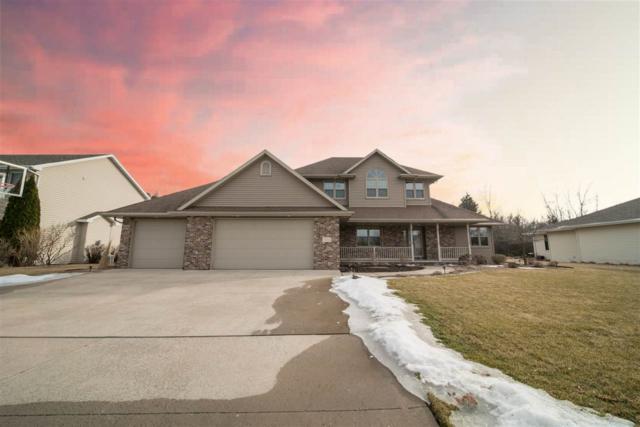 1336 Whispering Pines Lane, Neenah, WI 54956 (#50178532) :: Todd Wiese Homeselling System, Inc.