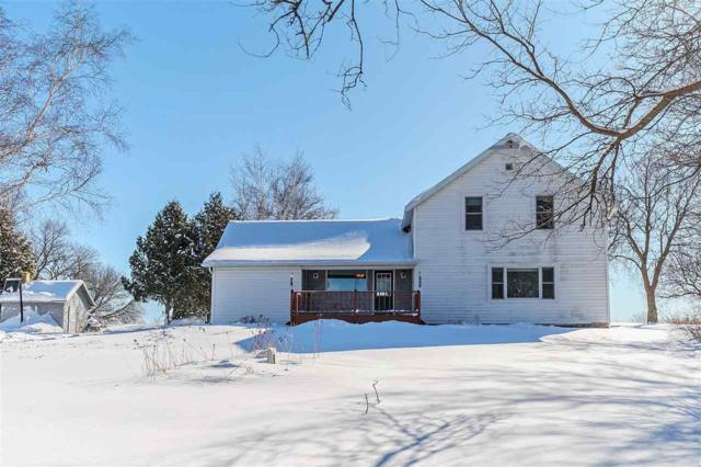 7681 S Hwy 57, Sturgeon Bay, WI 54235 (#50179031) :: Dallaire Realty