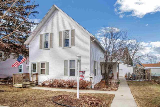 126 W 14TH Street, Kaukauna, WI 54130 (#50179059) :: Todd Wiese Homeselling System, Inc.