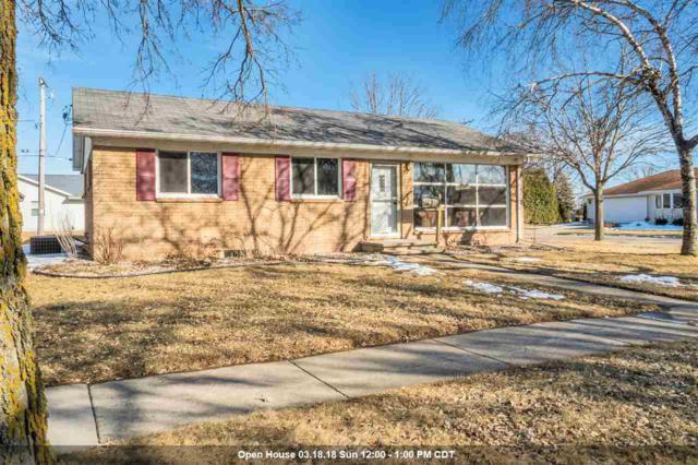 245 S Joseph Street, Kimberly, WI 54136 (#50179148) :: Todd Wiese Homeselling System, Inc.