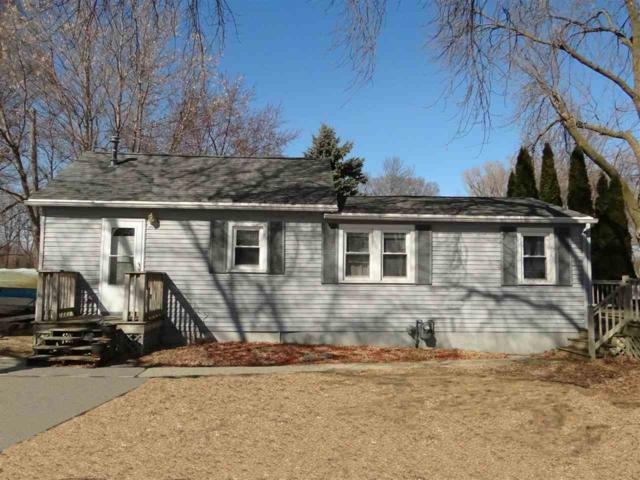 N8595 Lakeshore Drive, Fond Du Lac, WI 54937 (#50179540) :: Dallaire Realty
