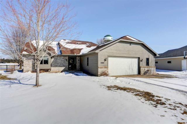 N2487 Sally Court, Greenville, WI 54942 (#50180555) :: Dallaire Realty