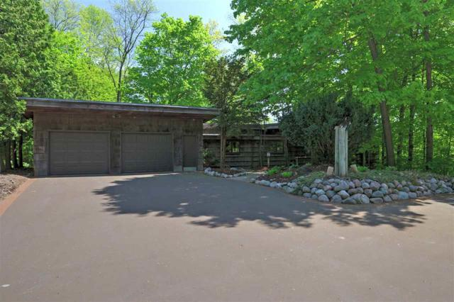 W3983 Highview Drive, Appleton, WI 54913 (#50180857) :: Dallaire Realty