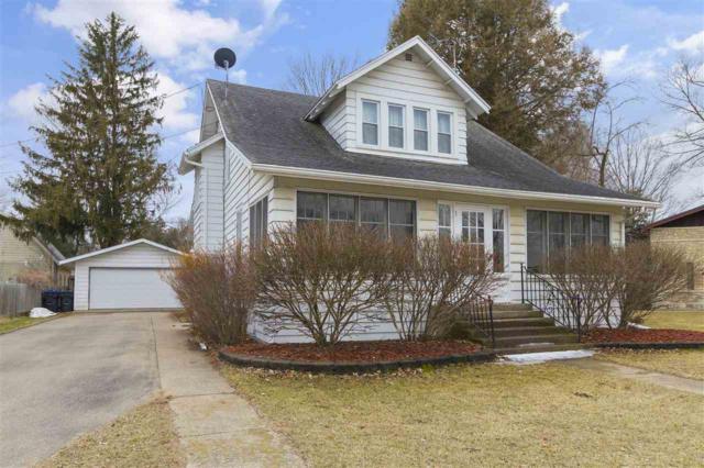105 E Sumner Street, Weyauwega, WI 54983 (#50181148) :: Symes Realty, LLC