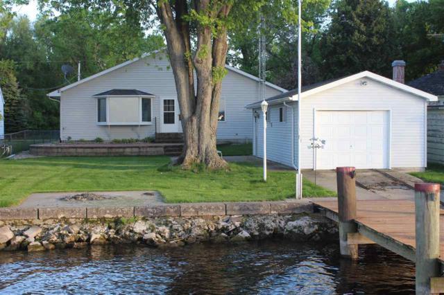 8548 Herbst Road, Winneconne, WI 54986 (#50183243) :: Symes Realty, LLC