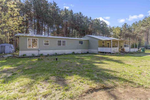 E2470 Lindee Lane, Waupaca, WI 54981 (#50183536) :: Dallaire Realty