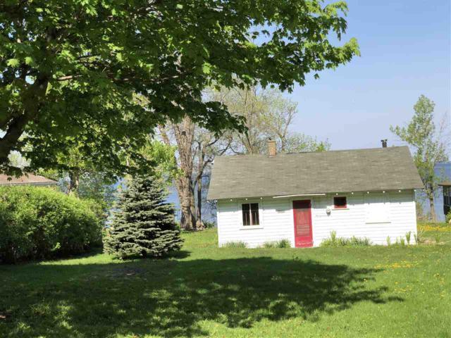 N6421 Fairy Springs Road, Hilbert, WI 54129 (#50183559) :: Symes Realty, LLC