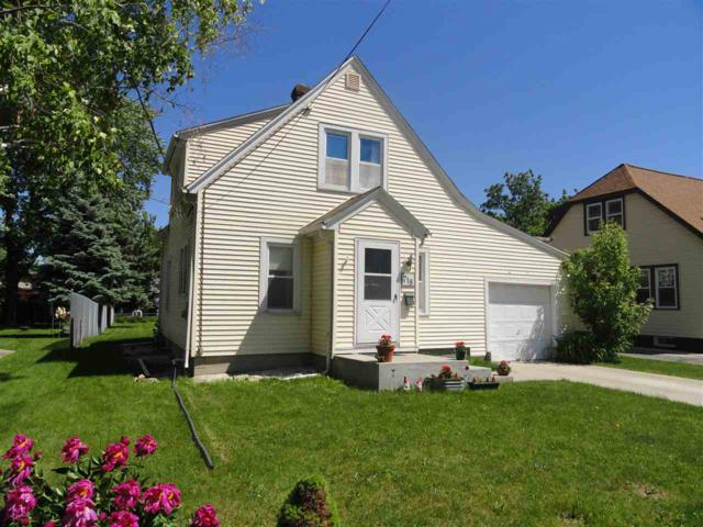 718 4TH Street, Menasha, WI 54952 (#50185350) :: Symes Realty, LLC