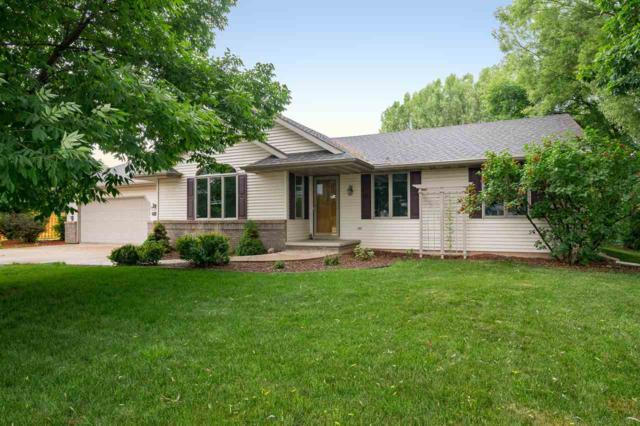 W7004 Verna Road, Menasha, WI 54952 (#50185621) :: Todd Wiese Homeselling System, Inc.