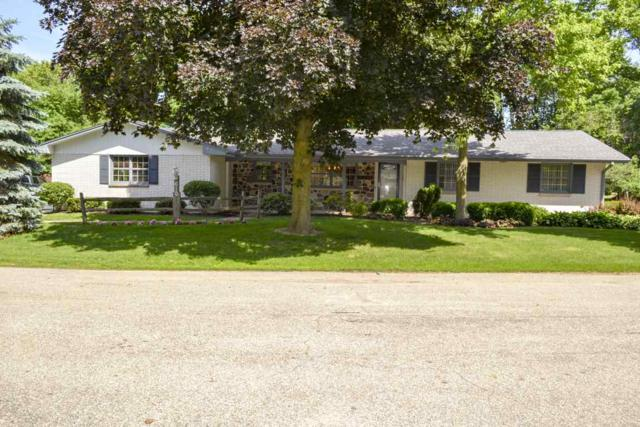 610 Meadowood Lane, Brillion, WI 54110 (#50186471) :: Dallaire Realty