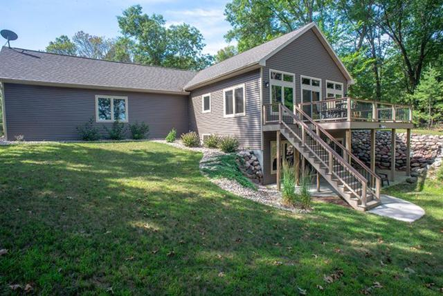 W5640 Hiwela Drive, Wild Rose, WI 54984 (#50186629) :: Dallaire Realty