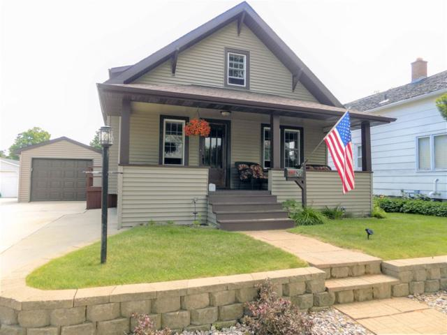 620 Center Street, Kewaunee, WI 54216 (#50186730) :: Dallaire Realty