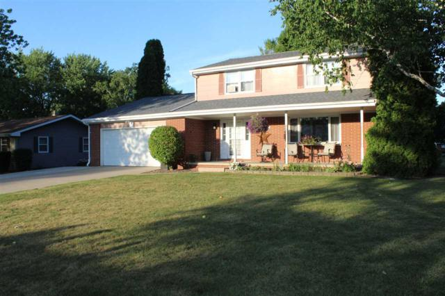 224 Colle Street, Luxemburg, WI 54217 (#50187074) :: Todd Wiese Homeselling System, Inc.