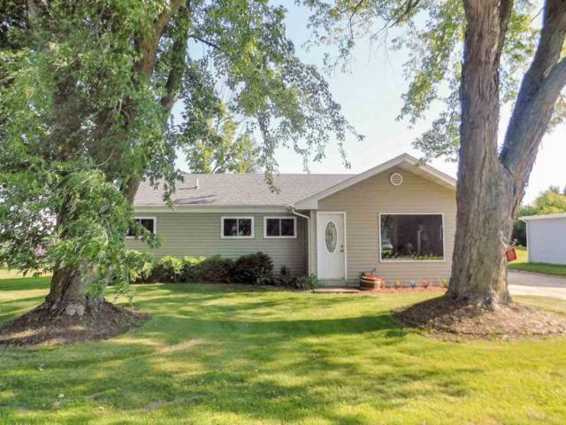 3771 Lark Road, Greenleaf, WI 54126 (#50187328) :: Dallaire Realty