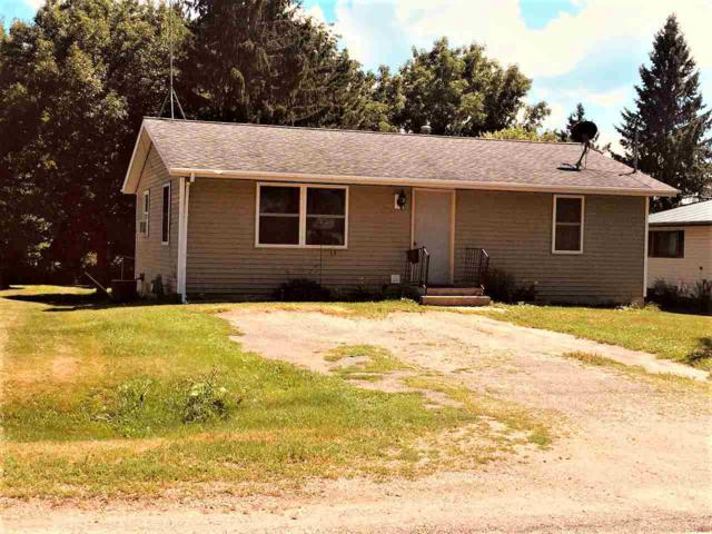 528 E Washington Street, Gillett, WI 54124 (#50187584) :: Dallaire Realty
