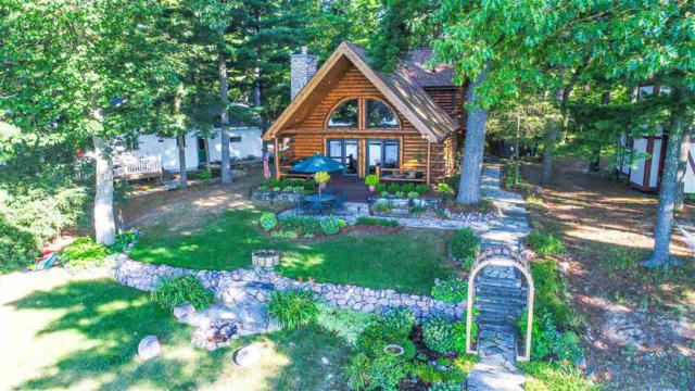 E1715 Pine Ridge Lane, Waupaca, WI 54981 (#50187628) :: Dallaire Realty