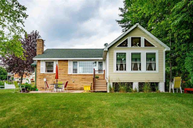 4971 Washington Street, Oshkosh, WI 54904 (#50188124) :: Todd Wiese Homeselling System, Inc.