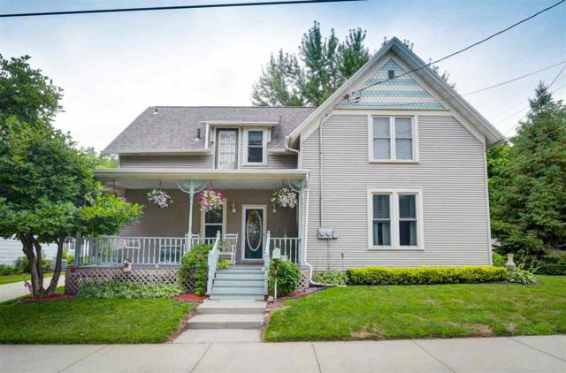 427 Wilson Street, Little Chute, WI 54140 (#50188904) :: Dallaire Realty