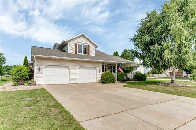 2911 Crab Apple Lane, Green Bay, WI 54311 (#50188984) :: Dallaire Realty