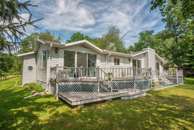 W6817 Chicago Avenue, Wautoma, WI 54982 (#50189407) :: Dallaire Realty