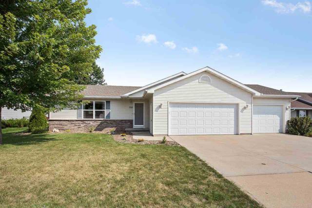 708 W Ann Street, Kaukauna, WI 54130 (#50189763) :: Todd Wiese Homeselling System, Inc.