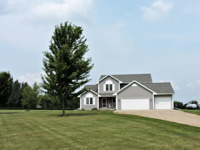 7986 Hwy D, Omro, WI 54963 (#50190031) :: Dallaire Realty