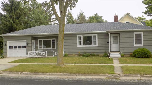 1016 Juneau Street, Kewaunee, WI 54216 (#50190449) :: Dallaire Realty