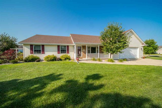 W2445 Hickory Park Drive, Appleton, WI 54915 (#50190514) :: Dallaire Realty