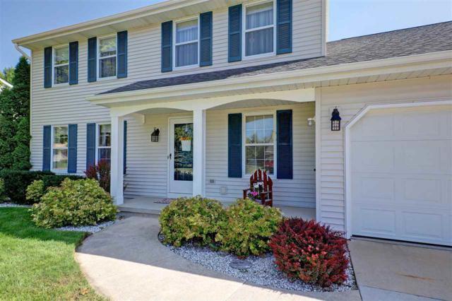 3600 N Suncrest Lane, Appleton, WI 54914 (#50191356) :: Symes Realty, LLC