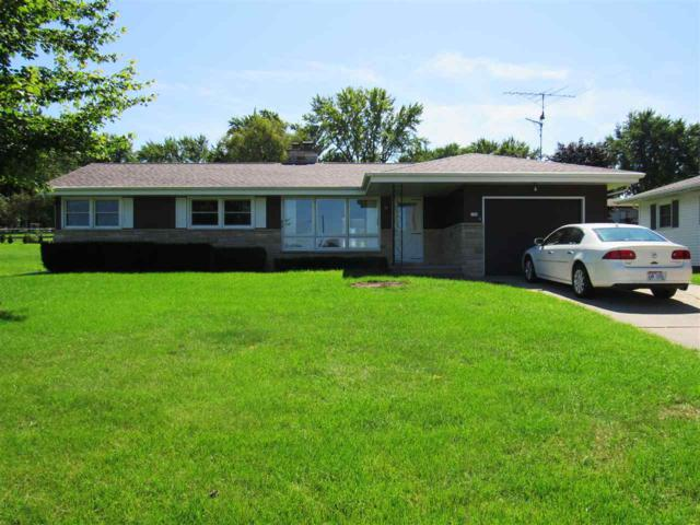 182 E Marquette Street, Berlin, WI 54923 (#50191372) :: Symes Realty, LLC