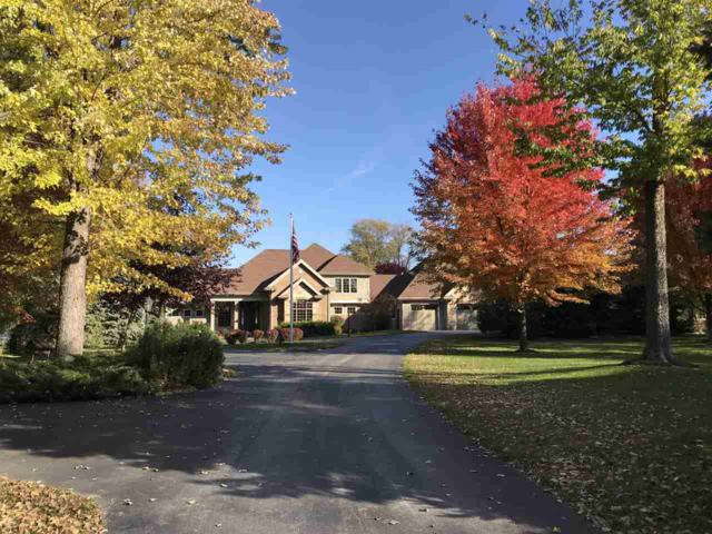 536 Sunrise Bay Road, Neenah, WI 54956 (#50191460) :: Todd Wiese Homeselling System, Inc.