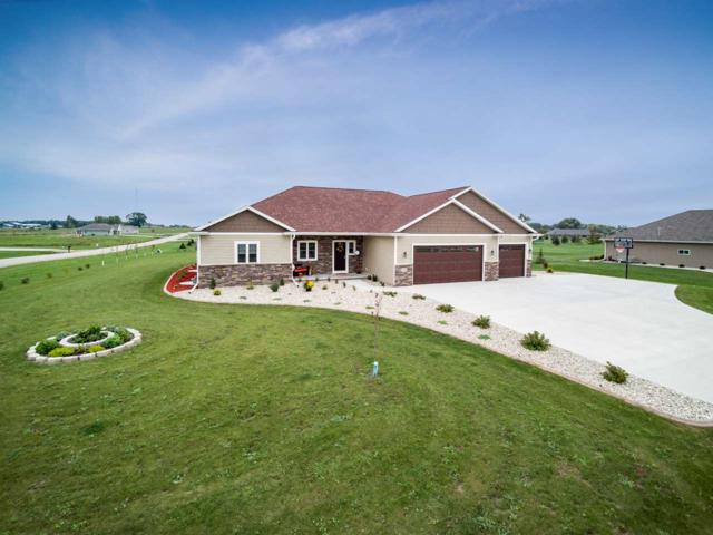 5141 Notre Dame Drive, Omro, WI 54963 (#50192000) :: Symes Realty, LLC