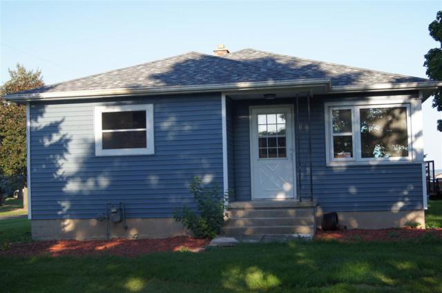 N8971 Lakeshore Drive, Van Dyne, WI 54979 (#50192483) :: Dallaire Realty