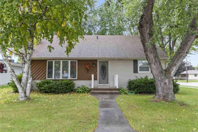 1801 Thelen Avenue, Kaukauna, WI 54130 (#50192622) :: Dallaire Realty